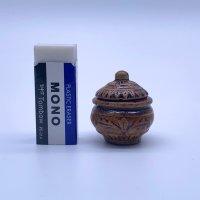 不思議な壺 (陶器甕 瓶 漬け物)