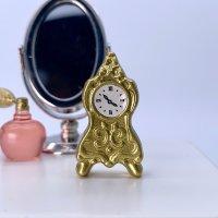 メタル製 アンティーク置き時計(テーブルクロック)
