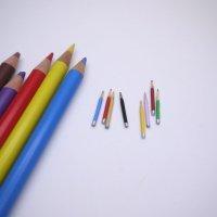 ミニチュア 色鉛筆 えんぴつ 8本セット